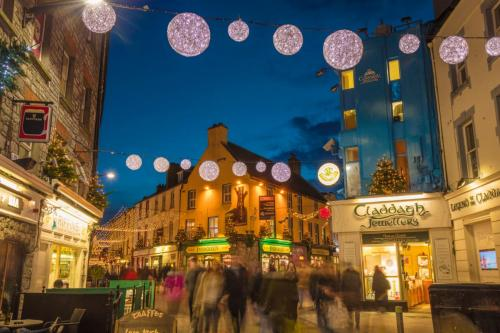 ireland christmas vacation packages